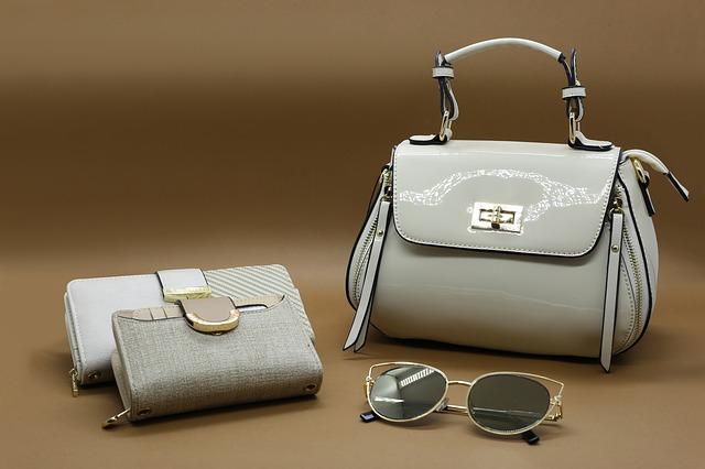財布とバッグ